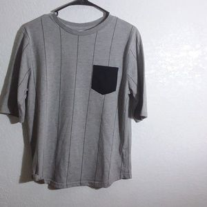 Women's Medium pocket shirt
